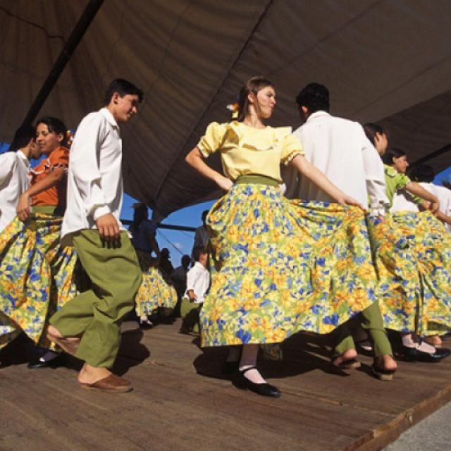 Secretaria de Cultura e Turismo faz chamamento público para grupos de fandango