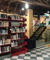 Biblioteca Pública Mário Lobo