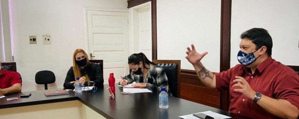 Lei Aldir Blanc é tema de reunião com dirigentes culturais do litoral paranaense